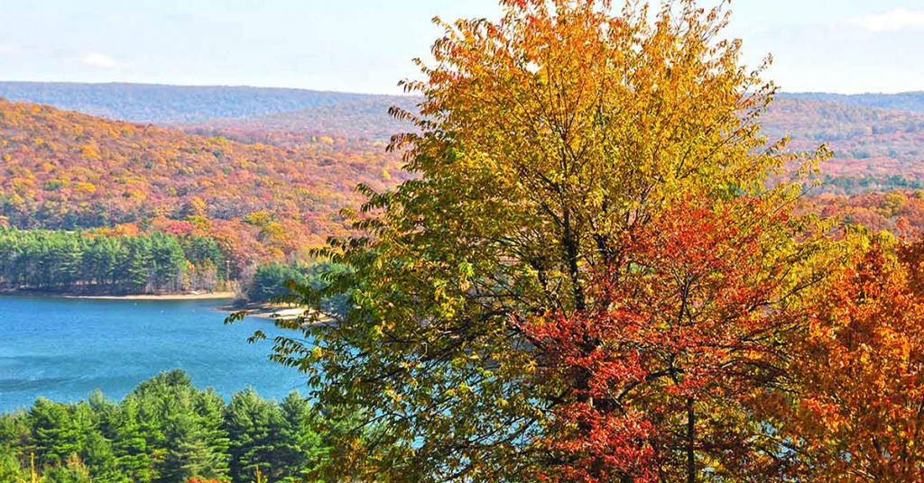 Deep Creek Lake Fall Getaways